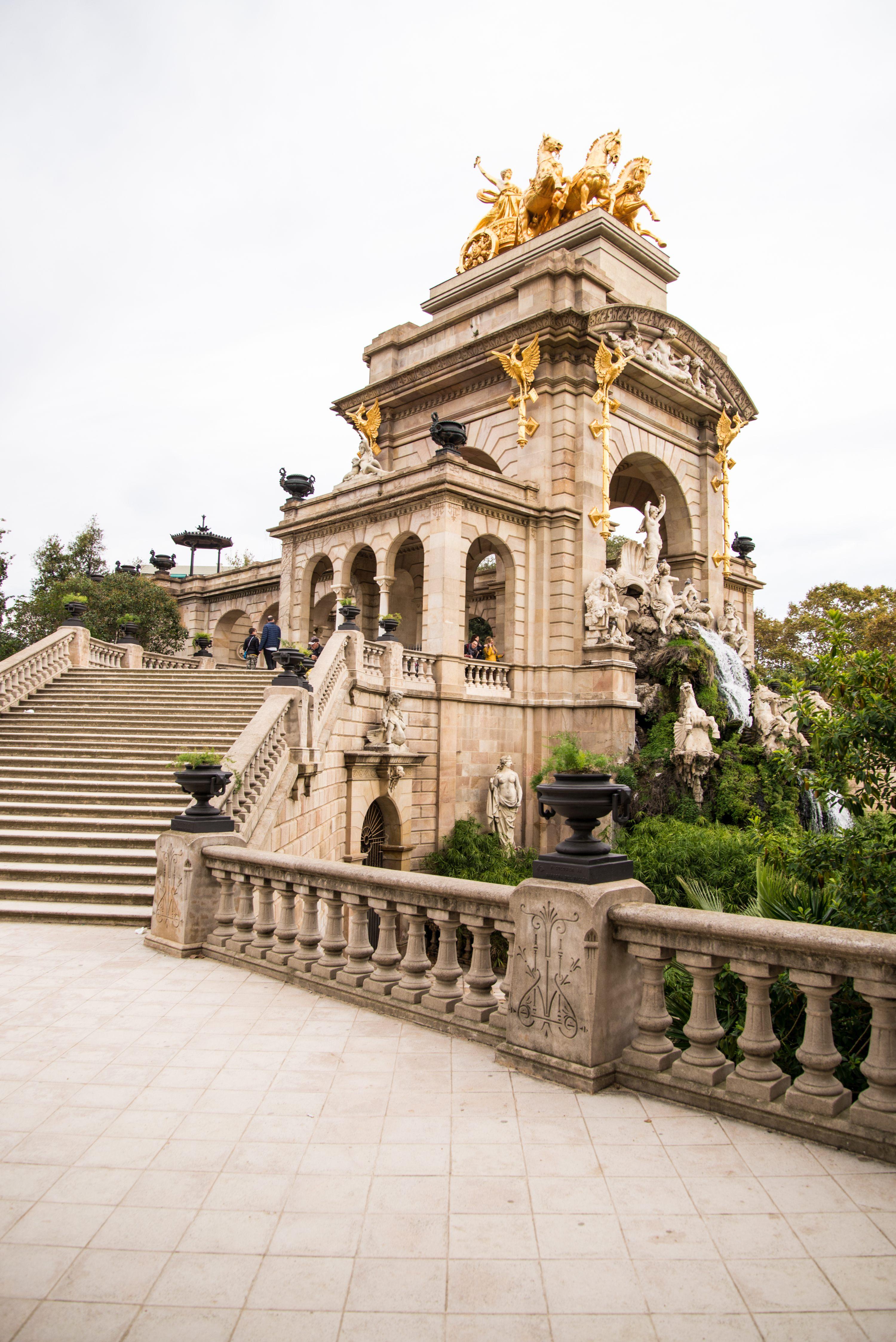 Monument, Barcelona